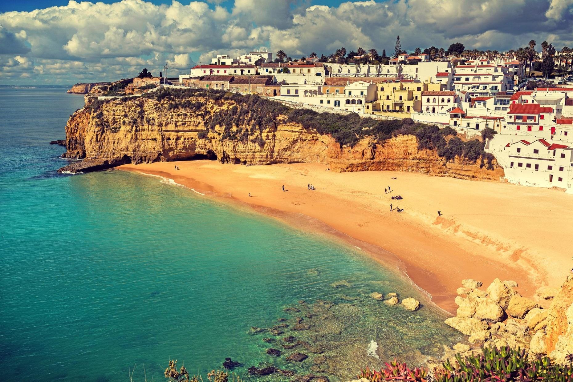 Cosa vedere in portogallo le citt e le spiagge e quando for Case belle da vedere