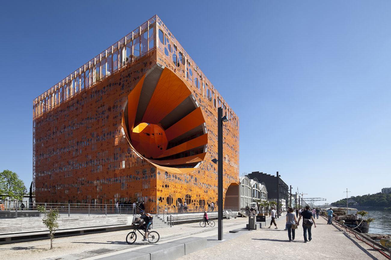 Lione citt del cibo e del vino e del nuovo millennio for Architecture lyon