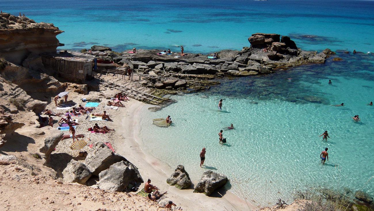 Le spiagge di formentera le pi belle mondane e selvagge - Alojamiento en formentera con encanto ...
