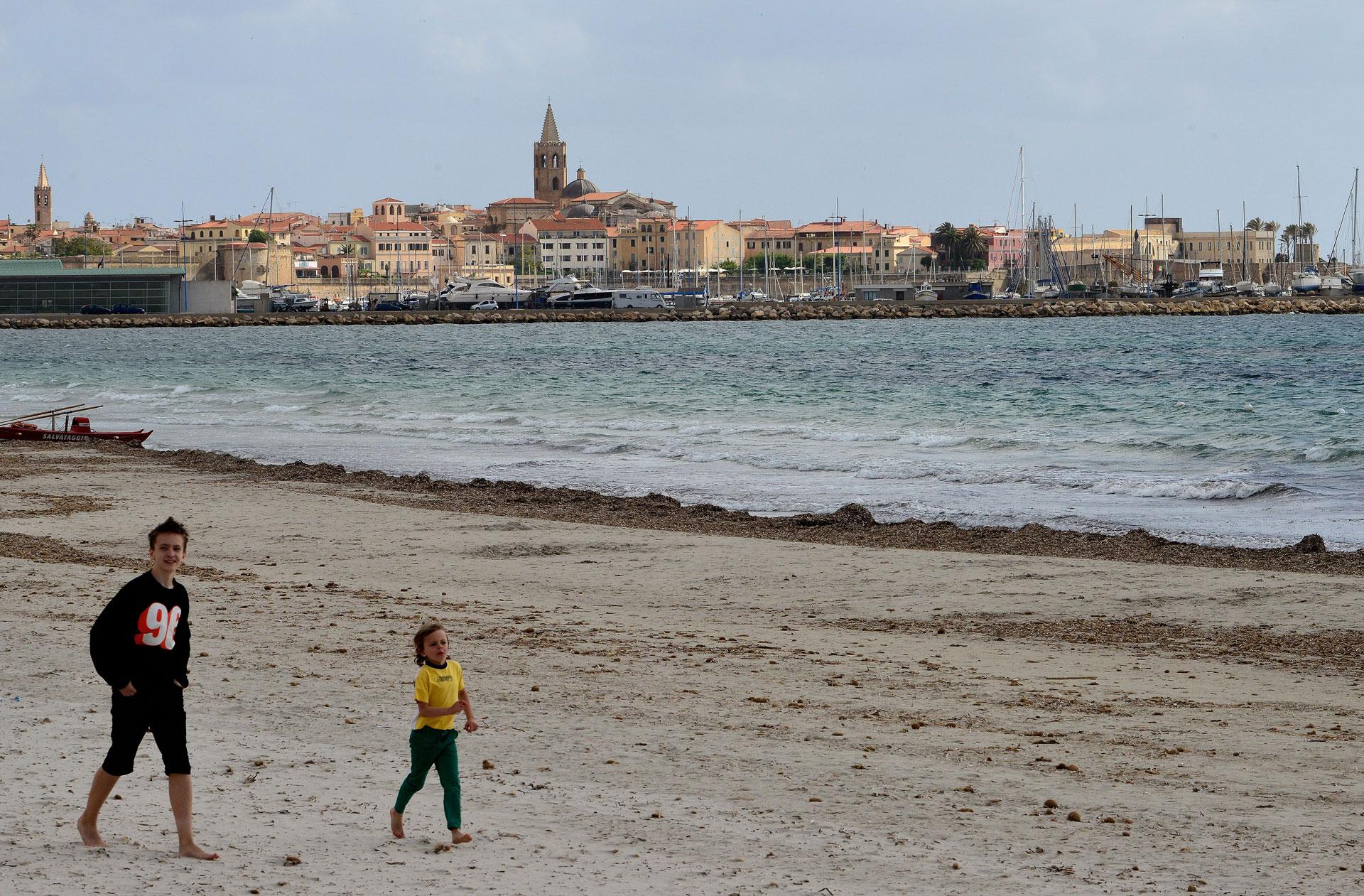 Alghero tra mare, spiagge e dialetto catalano