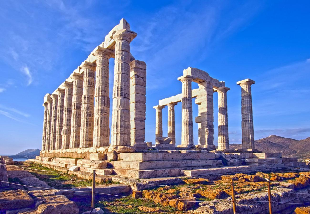Cosa vedere nei dintorni di atene in grecia for Giardino di ninfa cosa vedere