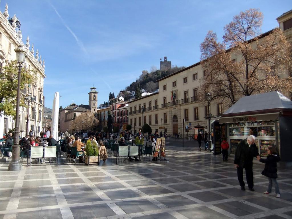 Guida-di-Granada---La-plaza-nueva