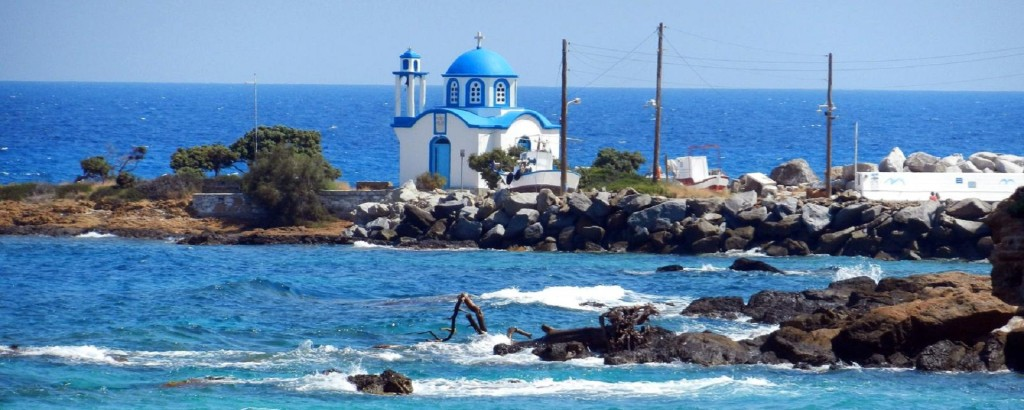 Ikaria- chiesetta sul mare
