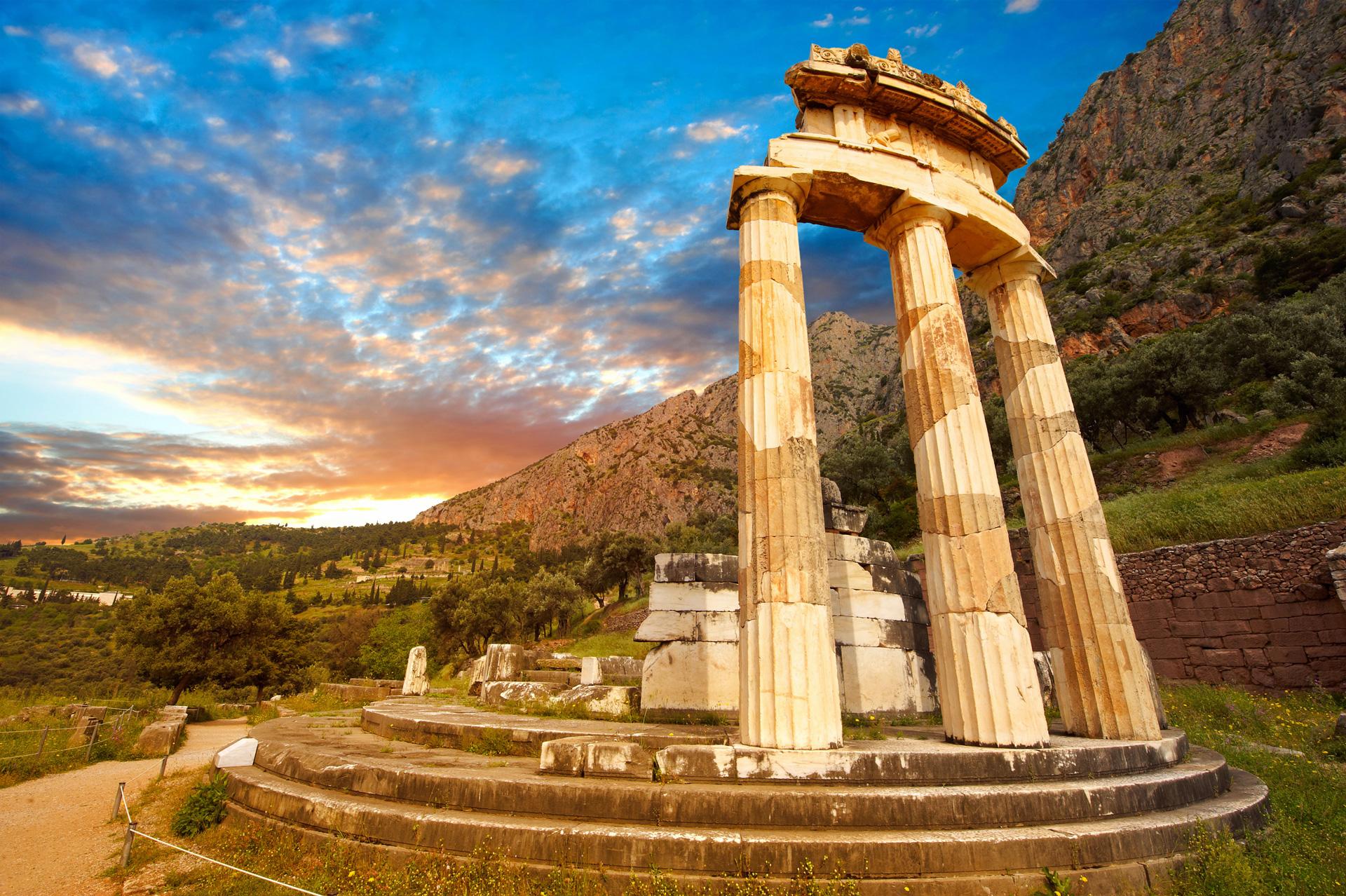 La guida del sito archeologico di Delfi