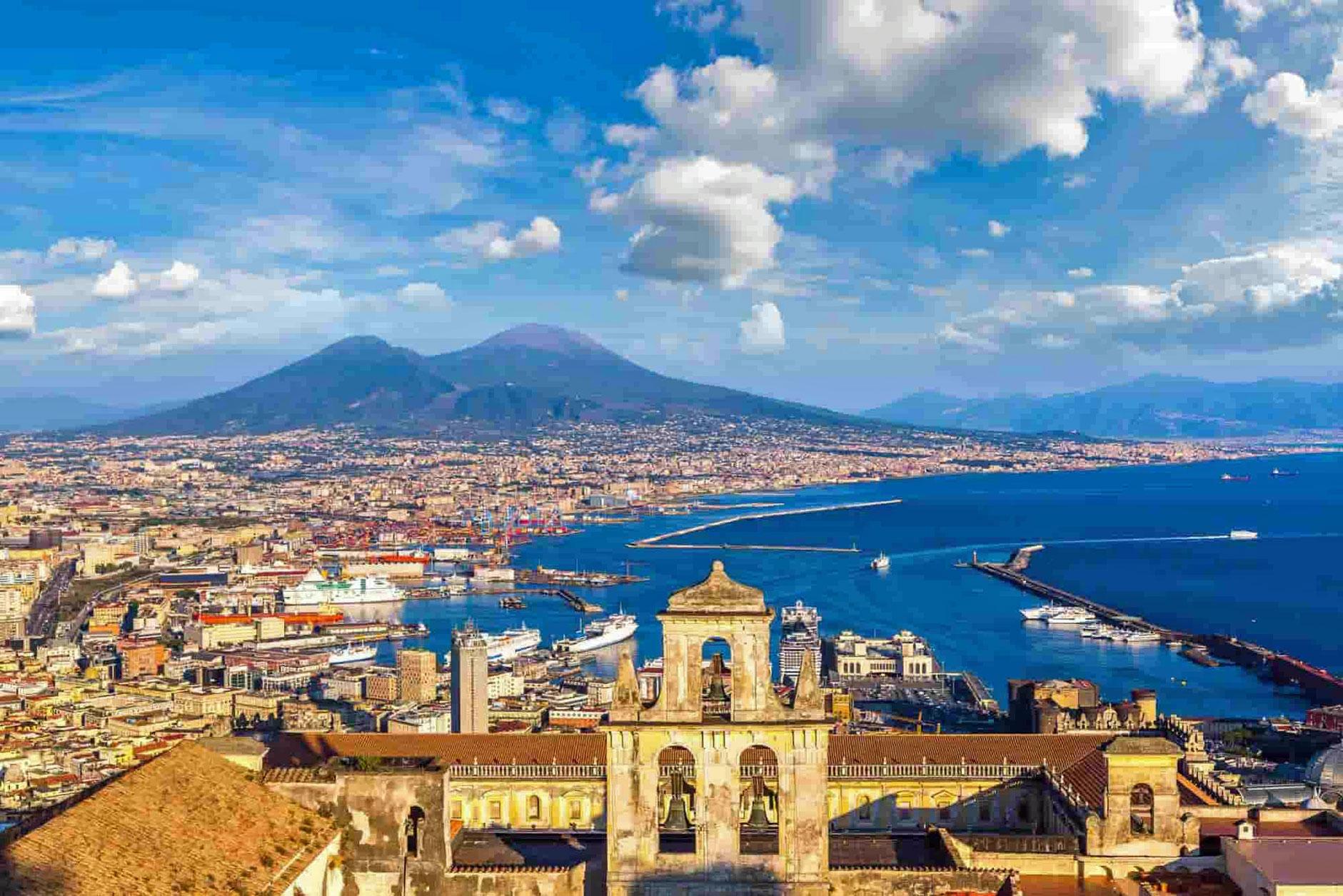 Guida di Napoli.